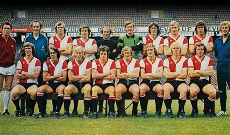Rugnummers – The Feyenoord Matchworn Shirt Collection