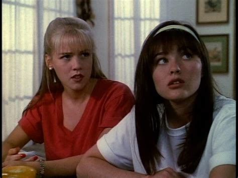 2x05 Play It Again, David - Beverly Hills 90210 Image