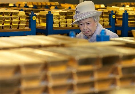 Moody's MD Calls for Probe of London Gold Fix