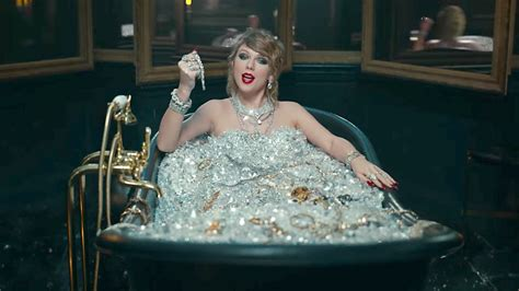 Taylor Swift Reportedly Bathed in $10M of Diamonds for
