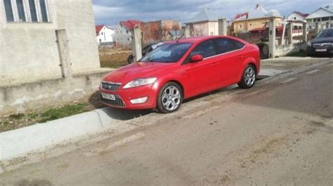Ford Mondeo 2008 Berlina 2
